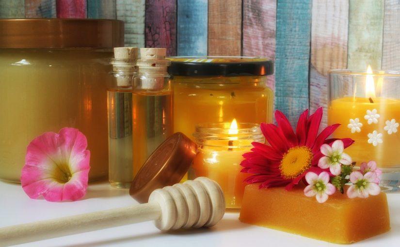 Kremy z woskiem pszczelim – dlaczego warto je stosować?